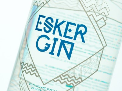 Esker-Gin-bottle_ipad7