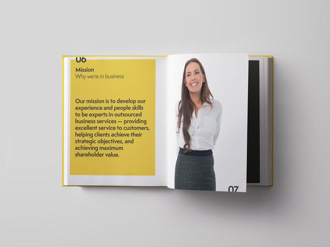 Pelican_brand-book_1