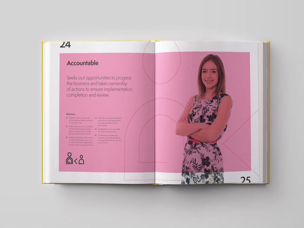 Pelican_brand-book_5